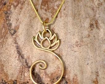 Beautiful Lotus Pendant. 100% brass.