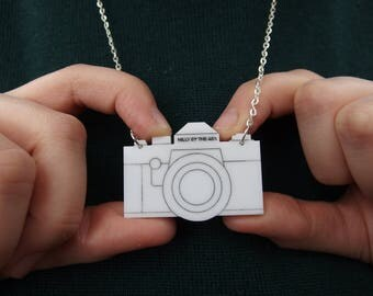 "White Laser Cut Acrylic Camera Necklace 20"" Silver Chain"