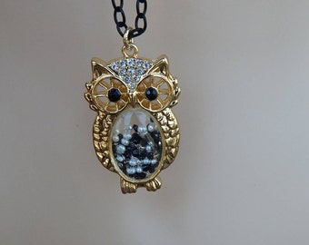"Tasseled Owl Pendant Statement Necklace 36"" Black Chain"