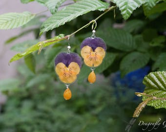 Violets real pressed flower yellow quartz/Silver 925///birthday gift/springs