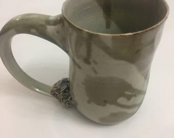 Ceramic Rose Mug, Brown 1