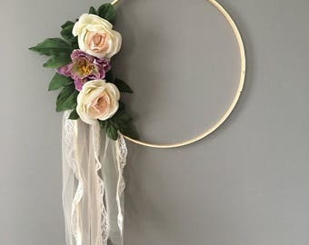 Floral wooden embroidery hoop wall decor