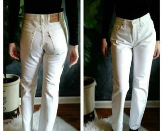 White Vintage Levi's 505