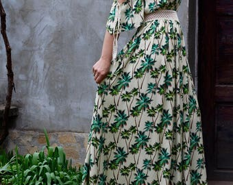 Long dress with exotic palms