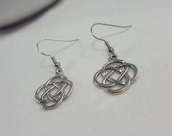 Celtic Knot Earrings, Silver Celtic Earrings, Irish Earrings, Celtic Earrings, Celtic Trinity Knot, Triquetra, Renaissance Earrings Jewelry