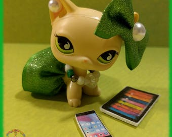 Littlest Pet Shop LPS Custom Clothes + Accessories Lot - Green & White Outfit Set + Gift Bag