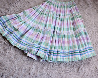 "80s does 50s patio skirt . pastel plaid full circle skirt . 28"" waist"