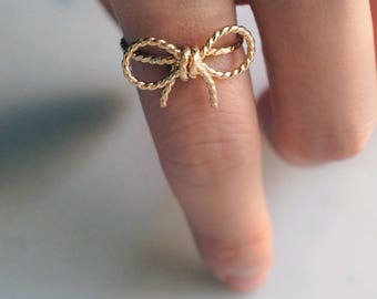 with a twist - twisted rope bowtie rings. gold bowtie ring. dainty bow rings. silver or gold