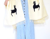 SALE SECTION / 50% off Vintage 60s 70s Cream Wool Fringe Shawl with Llamas