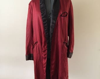 Red Satin Robe Vintage 1950s 1960s Smoking Jacket style sz M mens