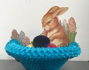 Vintage Easter Beistle Tissue Centerpiece, Easter BasketDecoration, Vintage Easter Bunny, Vintage Beistle Honeycomb