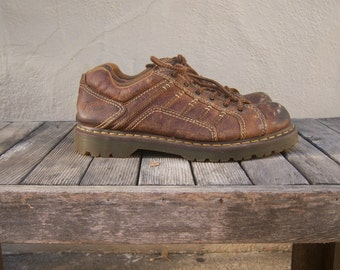 Vintage Doc Martens / brown lace up oxfords / Keith style / mens US 11 M / UK 10