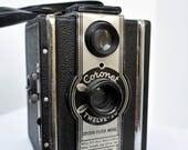 Coronet Twelve-20 Vintage Camera - Works (Kinda)