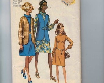 1970s Vintage Sewing Pattern Simplicity 9036 Misses Dress and Vest Plus Half Size 22 1/2 Bust 45 1970