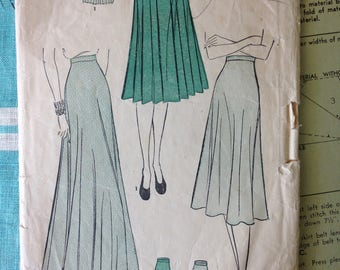 Advance 2180 waist 26 hip 35 1940's skirt pattern pleated and flared evening