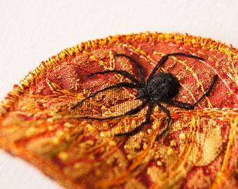 Black Widow Spider Leaf Brooches Embroidered Arachnida Botanical Natural History Entomology Wildlife Nature Lover Deadly Venomous Gift