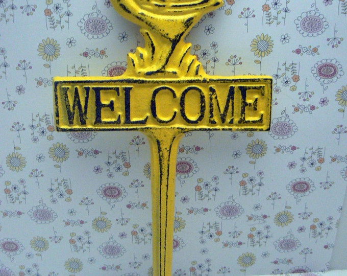Bird Welcome Cast Iron Yard Stake Shabby Chic Yellow Garden Patio Home Decor Sign