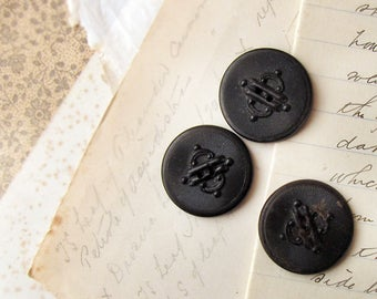 large antique buttons -  Victorian pressed cattle horn - steampunk gothic design - large size 24mm