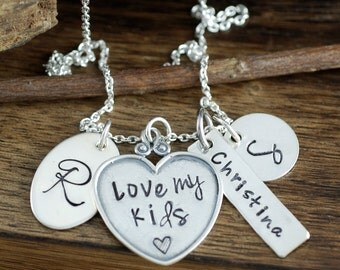 Personalized Mommy Necklace, Love my Kids Necklace, Family Necklace, Cluster Necklace, Name Tag Jewelry, Charm Necklace, Mothers Necklace