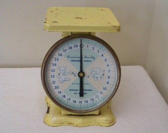 Vintage Yellow American Family Baby Nursery Scale