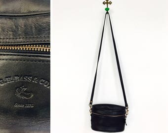 Vintage 1980s-90s G.H. Bass Black Leather Oval Cross Body Purse
