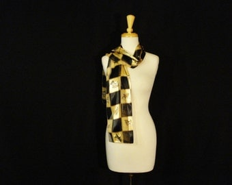 Scarves with Dogs Black & Gold Long Dog Lovers Must have Like New Accessory