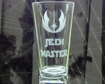 Jedi Master Glass - Etched Pint Glass - Star Wars Glass - Etched Barware - Etched Drink Glass - Jedi Mistress - Gift Glass - SciFi Fan
