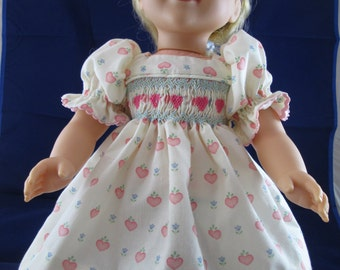 """NEW! Doll Dress for 18"""" Doll, Hand-Smocked - Pale Yellow with Hearts"""
