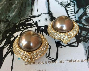 Vintage Ciner Earrings Grey Faux Pearl Clips Large Dome Encircled Rhinestones Spectacular Pair of Sparklers for Wedding Gatsby Gala