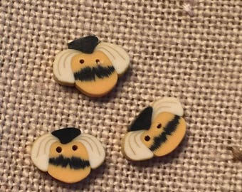 """Bee Buttons, """"Wee Country Bee"""" Handmade Buttons by JABC, Set of 3 Teeny Tiny Buttons, Crafting, Sewing, Cross Stitch, Embellishments"""