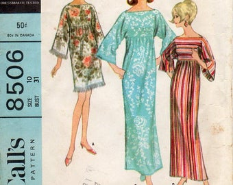 1960s MuuMuu Robe Dress - Vintage Pattern McCall's 8506 - Bust 31