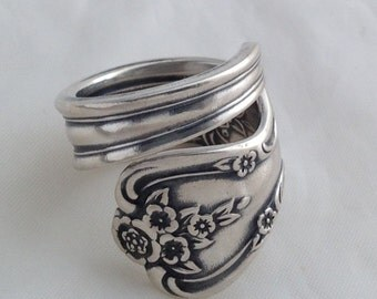 Spoon Ring Magnolia, 1951, Vintage Silverplate, Choose Your Size, Silverware Jewelry