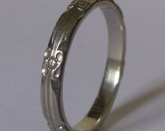 Vintage Forget Me Not 14K White Gold Wedding Band