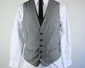 Mens Suit Vest. Gray Plaid Suit Vest. Office Vest. Dress Vest. Vintage. Size Small. GOGOVINTAGE. FREE SHIPPING