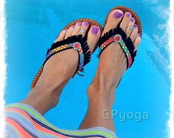 RAINBOW Black flip flops US size 6-7 Leather Fringe sandals Colorful shoes Bohemian Summer Flower Girl Womens Fashion Festival Shoes GPyoga
