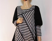 5X Black and White Tunic