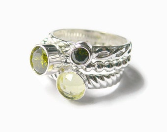 Mothers ring / Silver peridot ring / Sterling silver stacking ring set / Sterling silver ring / 3 birthstone ring / faceted gemstone ring