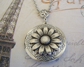 Silver Daisy Locket Necklace Graduation Mom Gift Wife Sister Bride Bridesmaid Wedding Birthday Daughter Anniversary Photo Pictures - Colette