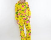Vintage 60's two piece hooded shirt & pants set, bright yellow, umbrella pattern, wide leg pants - Small
