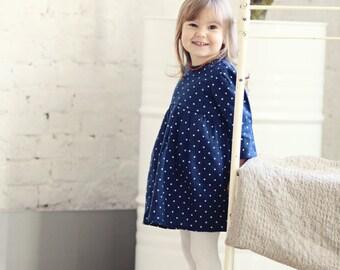 helle wei e taufe kleid stricken baby m dchen kleid hochzeit. Black Bedroom Furniture Sets. Home Design Ideas