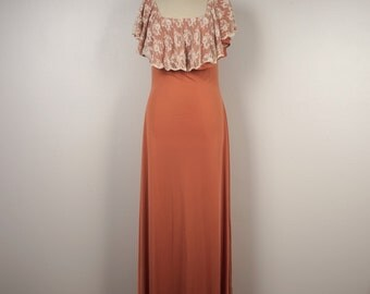 dusty peach ruffled lace bodice long knit maxi dress 70s vintage fitted body con off-shoulder party dancing disco dress