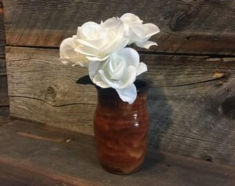 Stoneware flower vase brown
