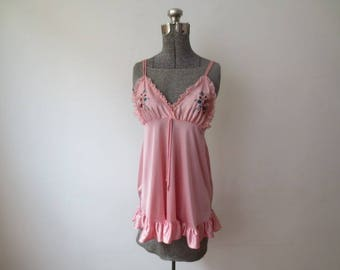 Vintage '70s JCPenney Pink Embroidered Boho Babydoll Tank, Shimmery Nylon w/ Ruffles & Lace, Medium