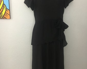 Vintage 1930s 1940s black rayon dress with inset lace and scallop peplum sz S
