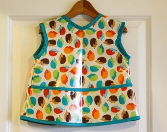 Toddler Baby Feeding Bib Art Smock with Colorful Hedgehogs