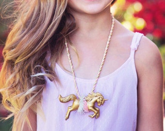 Unicorn Necklace - Girls Gold necklace - Magical Unicorn Kids Necklace - Unicorn Birthday Party - Tutu Du Monde Inspired Necklace
