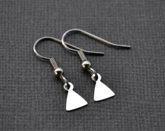 Tiny Silver Triangles . Earrings