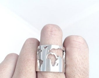 World map ring etsy world map ring travellers ring world ring silver globe ring gumiabroncs Image collections
