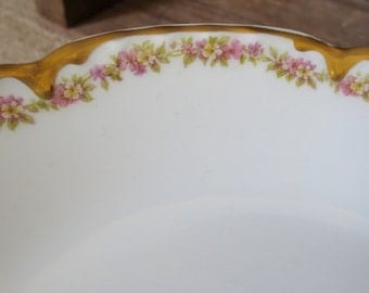 Haviland Limoges Soup Bowls Pasta Risotto Large Salad Dinnerware Set 8 French Floral Pattern Shabby Chic Cottage Gold Drip Roses Antique Old