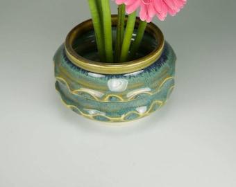 Green vase ikebana green flower vase japanese kenzan vase with stainless steel pin frog item 5002